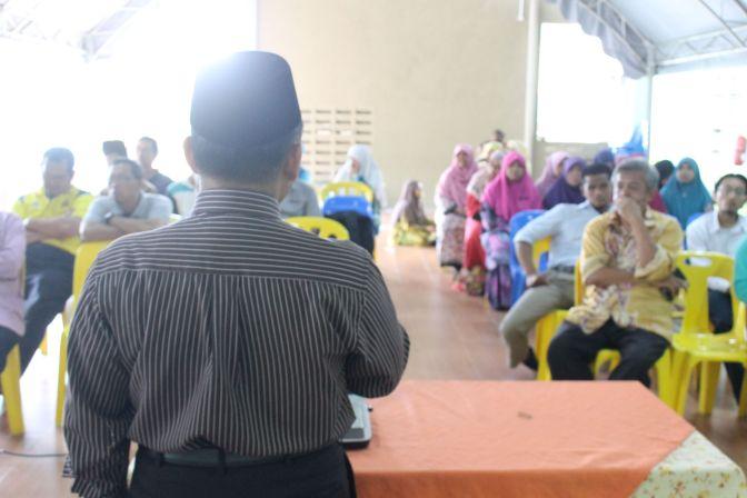 Taklimat kepada mas'ul-mas'ul halaqah pelajar Sekolah Islam as Syddiq